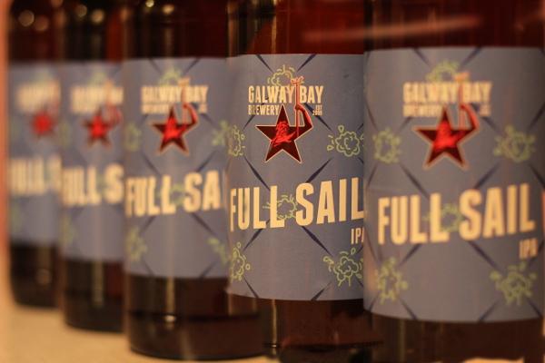 manga-flaskor-full-sail-galway-bay-brewery-karlstroms-malt