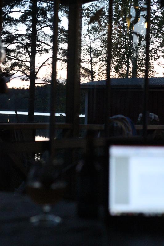 Öl vid datorn, sommarkväll, Karlströms Malt.jpg