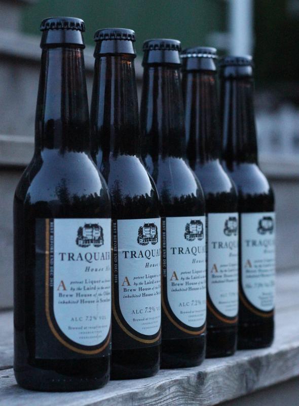 Fem årgångar Traquair House Ale, Karlströms Malt.JPG