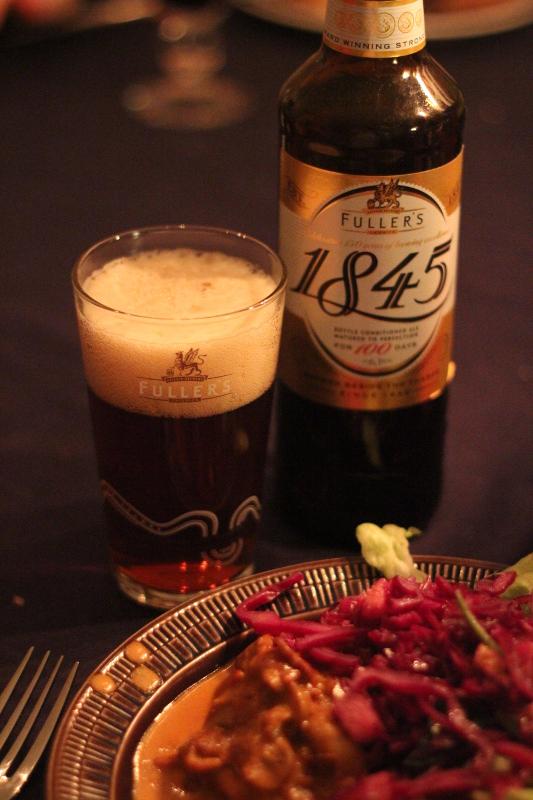 Uller's 1845 i glas bredvid mat, Karlströms Malt