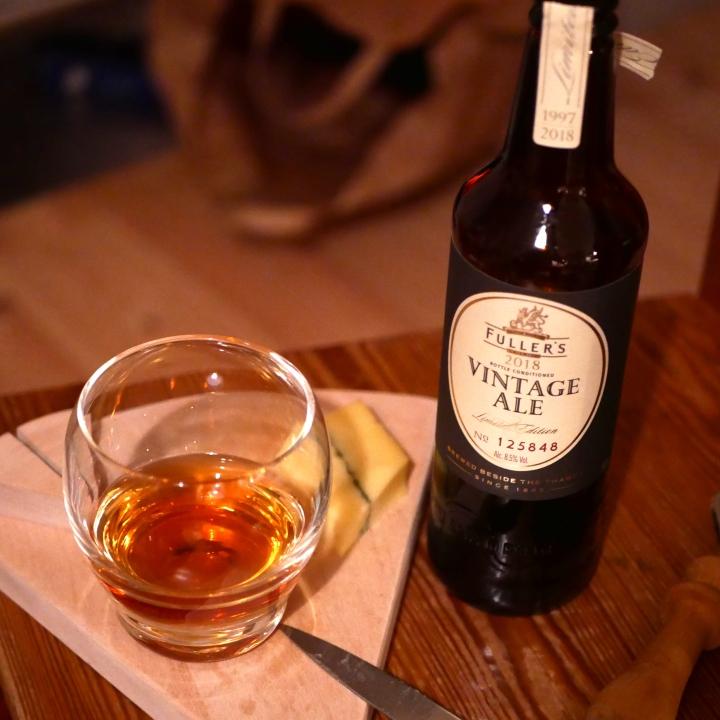 Fullers Vintage Ale 2013, ost, flaska, Karlströms Malt