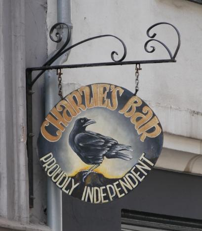 Charlie's Bar, Köpenhamn, skylten, Karlströms Malt